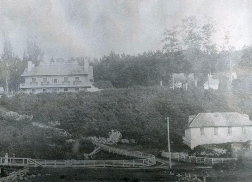 Manoir Campbell-Rankin et le magasin général (vers 1880) - Musée régional de Kamouraska